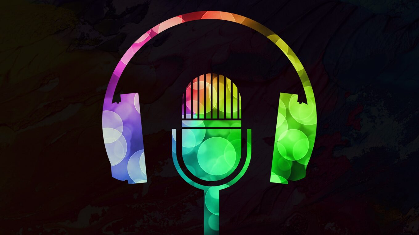 Neon microphone (Image by Chip Laney / Pixbaby).
